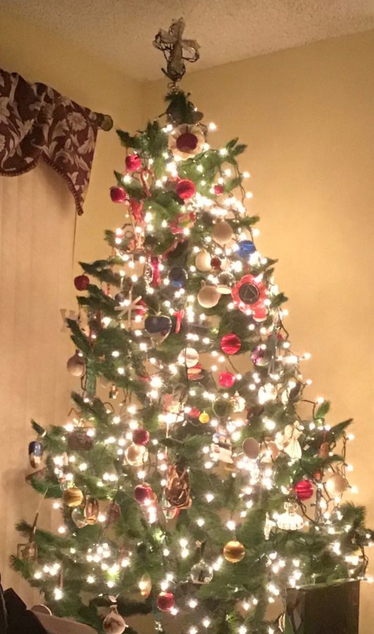 The Great Christmas Debate: Artificial or Real Christmas Trees?